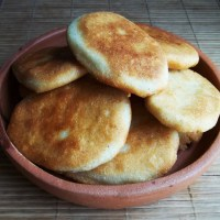 About Food - Mchadi (Georgian Cornbread)