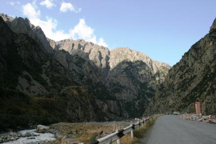 Georgian Military Highway - Dariali Gorge