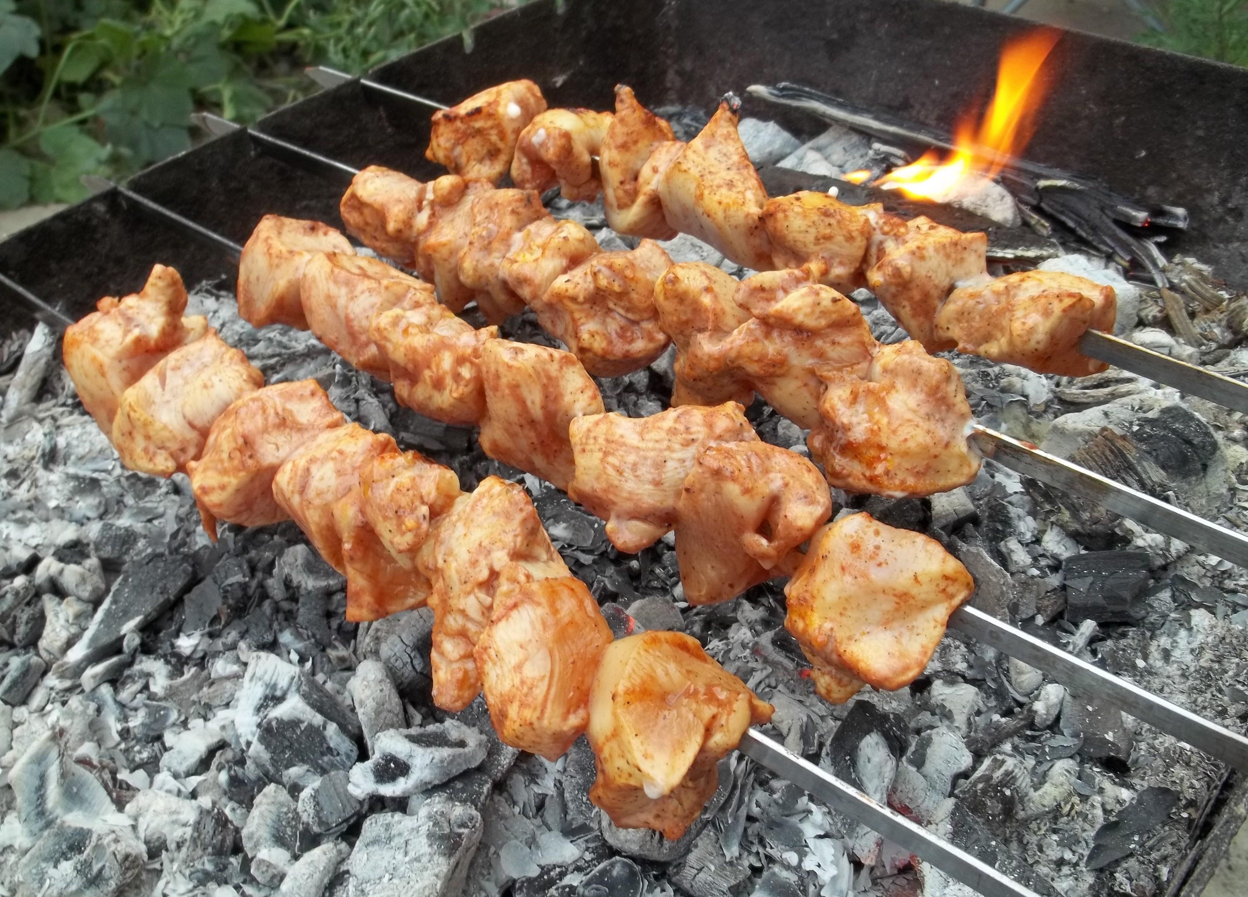 ... barbecue is called a makhali in georgian georgian მაყალი