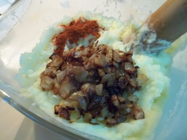 Adding Onions and Spices to Mashed Potato