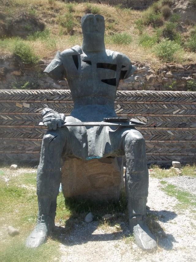 Memorial of Georgian Warrior Heroes by the Gori Fortress 3