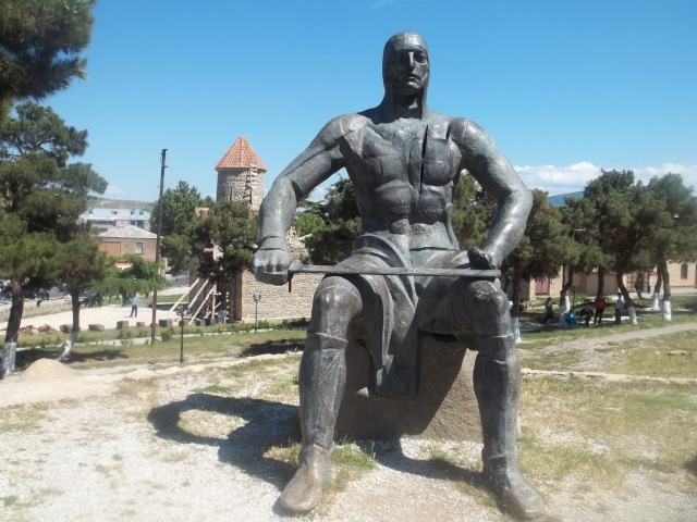 Memorial of Georgian Warrior Heroes by the Gori Fortress 8