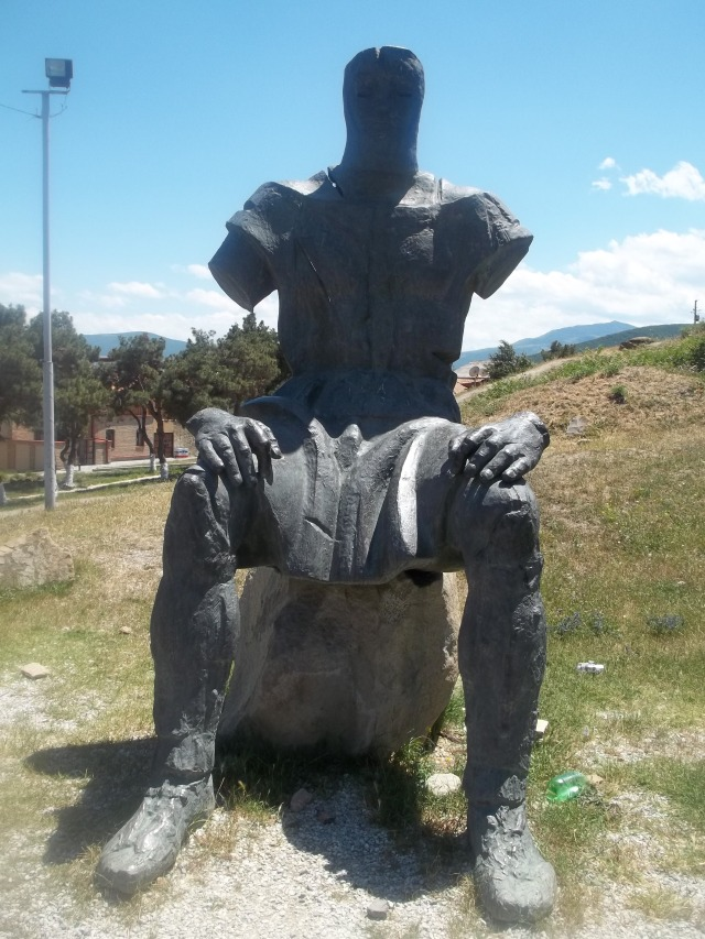 Memorial of Georgian Warrior Heroes by the Gori Fortress 9