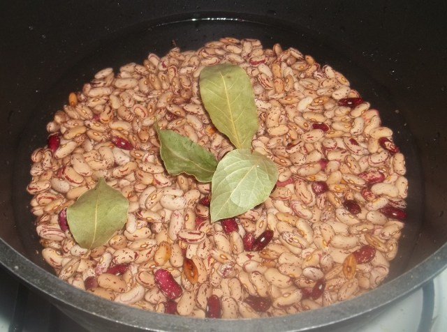 Soaking Beans for Lobio Recipe