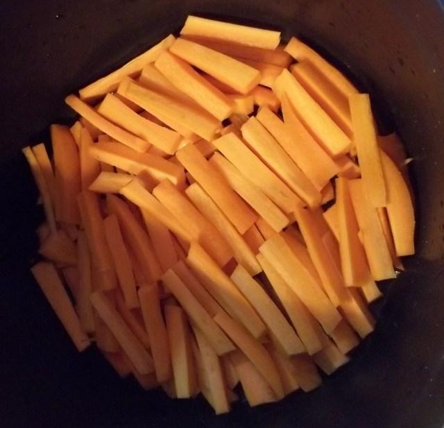 Chopped Carrots for Tolma Recipe