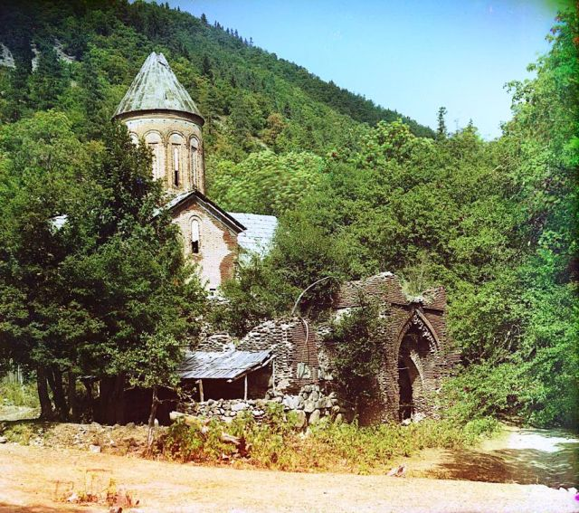 Color Photograph of Timotisubani Church by Sergey Mikhaylovich Prokudin-Gorsky