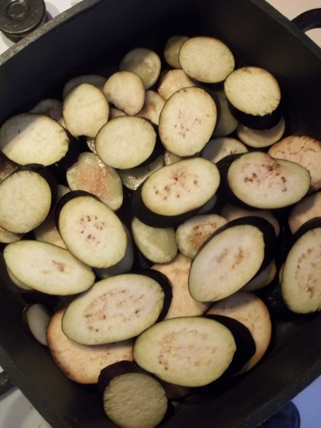 Frying Eggplant for Ingredients for Eggplant with Garlic Hot peppers and Ajika Recipe