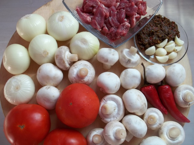 Ingredients for Pork Chashushuli with Mushrooms
