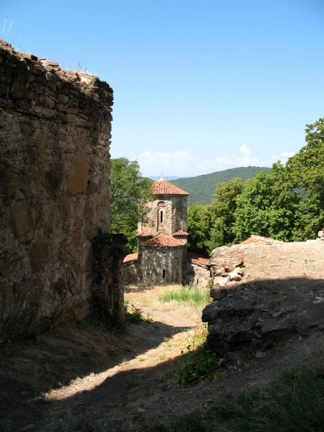 Nekresi Monastery Complex. Photo by Lidia Ilona, via Wikimedia Commons