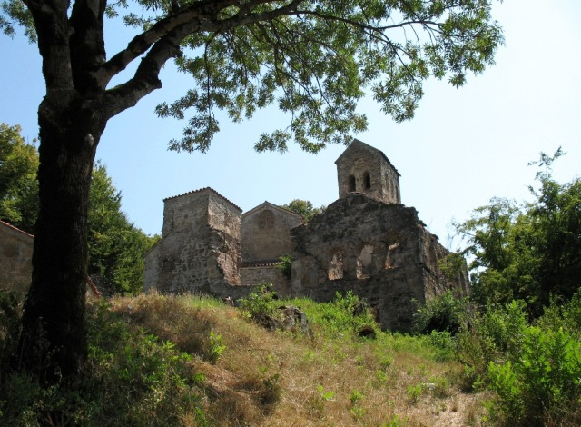 Nekresi Monastery. Photo by Lidia Ilona, via Wikimedia Commons.