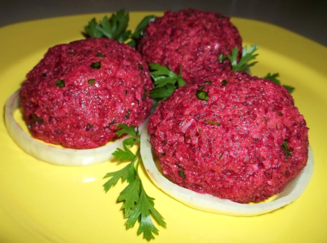 Beetroot Fkhali with Nuts