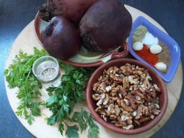 Ingredients for Beetroot Fkhali with Nuts