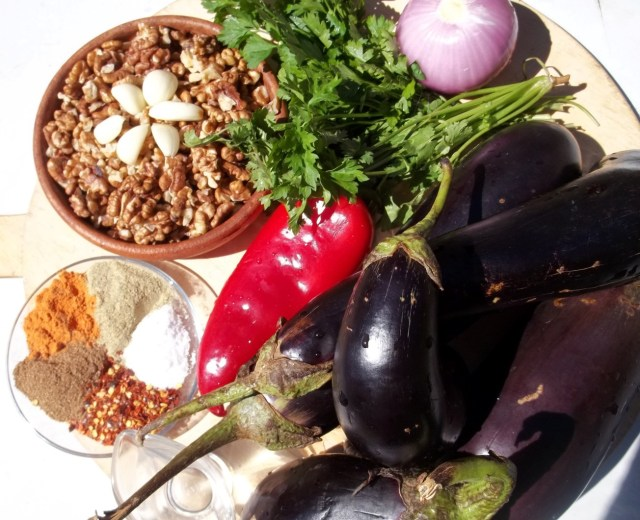 ingredients-for-eggplant-with-herbs