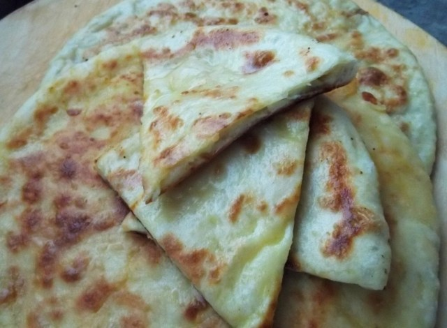 khachapuri-with-potato