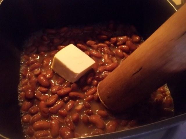 Mashing Lobio Beans