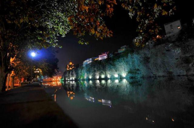The Mtkvari River at Tbilisi.  Photo courtesy of the Georgian National Tourism Administration.
