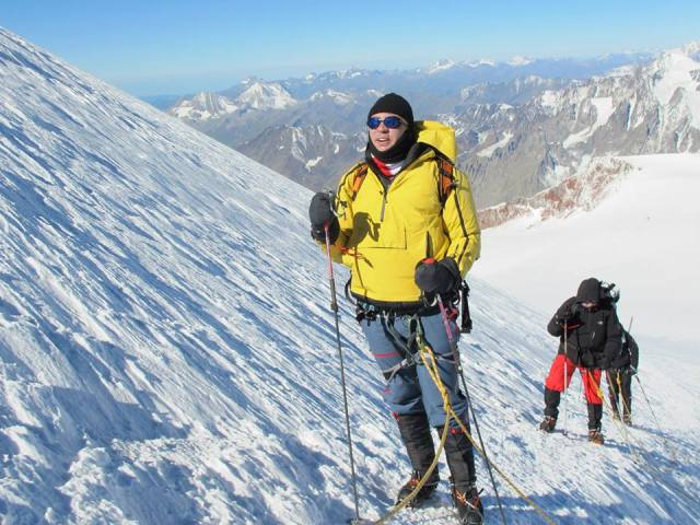 The President of Georgia climbing Mount Kazbegi. Photo courtesy of the President's Administration_4