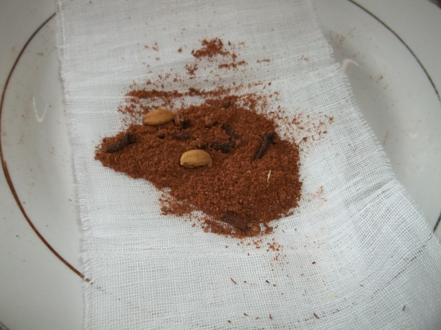 Wrapping the Cinnamon and Spices