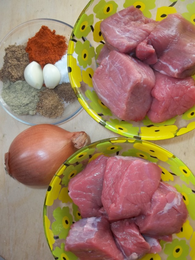 Ingredients for Kubdari