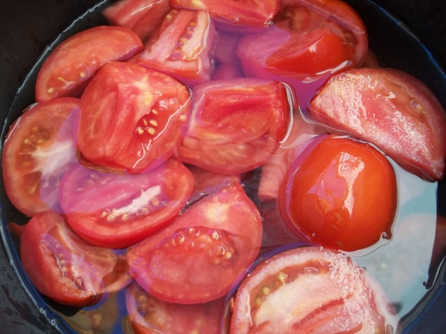 tomatoes-for-spicy-tomato-sauce-recipe