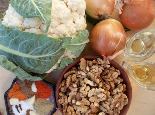 Ingredients for Cauliflower Satsivi - Copy