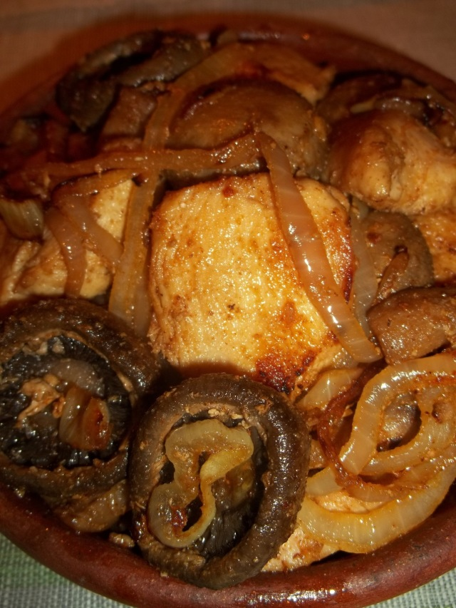 Ojakhuri with Chicken and Mushrooms ready for Serving