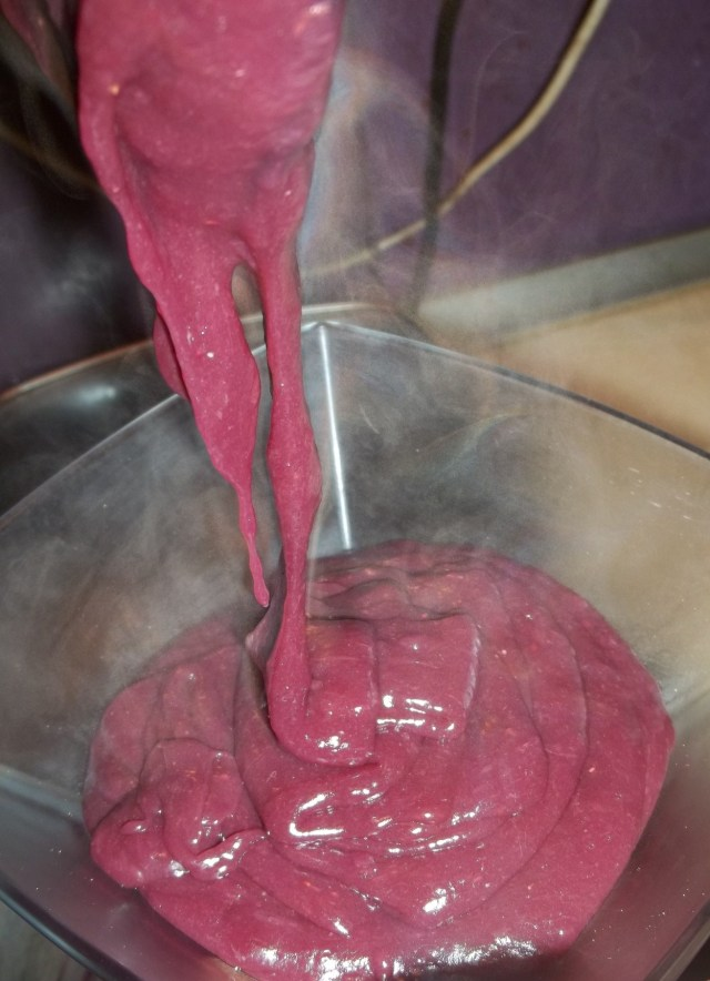 Pouring Pelamushi into a bowl