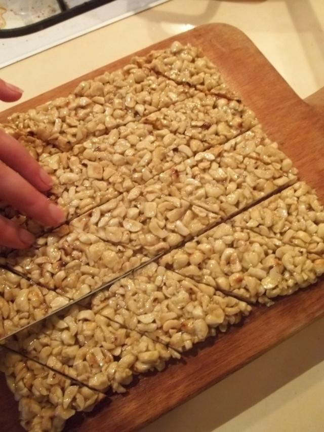 Cutting vertical slices of Gozinaki - Copy