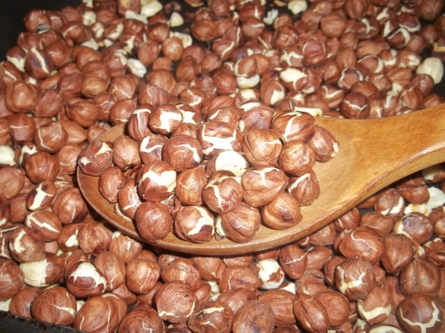 Loosening the Hazelnut Skins - Copy