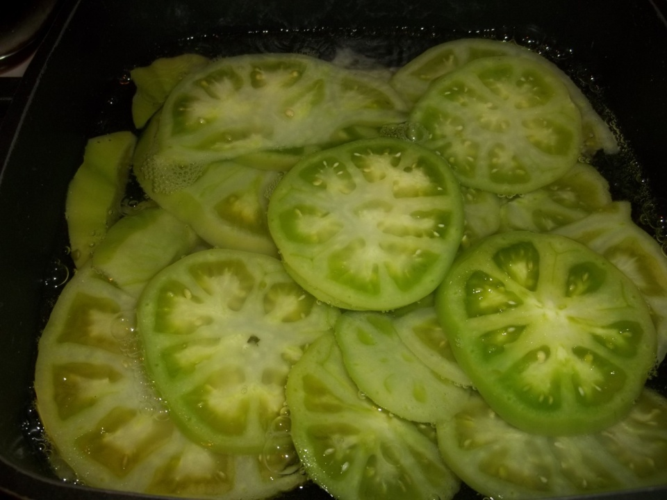 Preparing Green Tomatoes