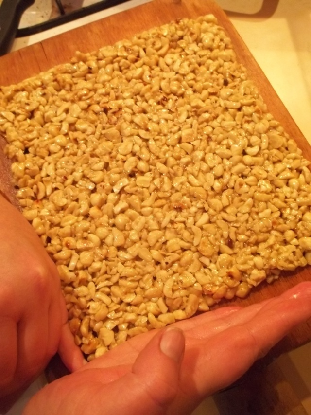 Straightening the edges of the nut mixture - Copy