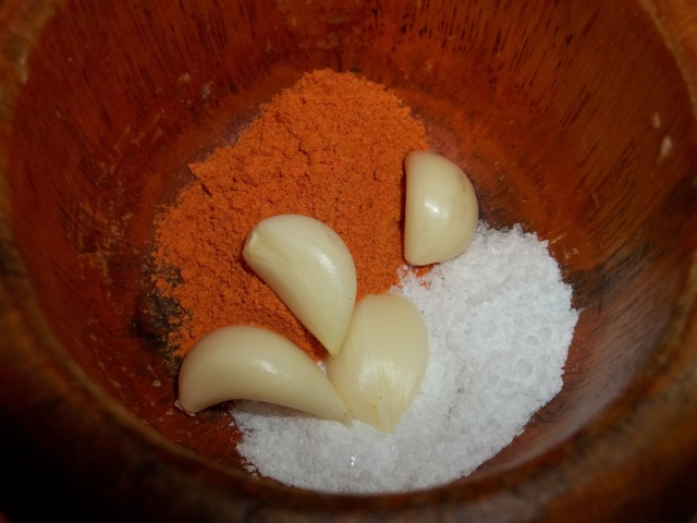 Hot Red Pepper Salt and Garlic - Copy