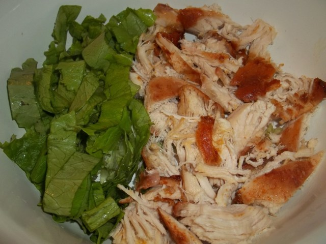 Chicken with Lettuce Leaves - Copy
