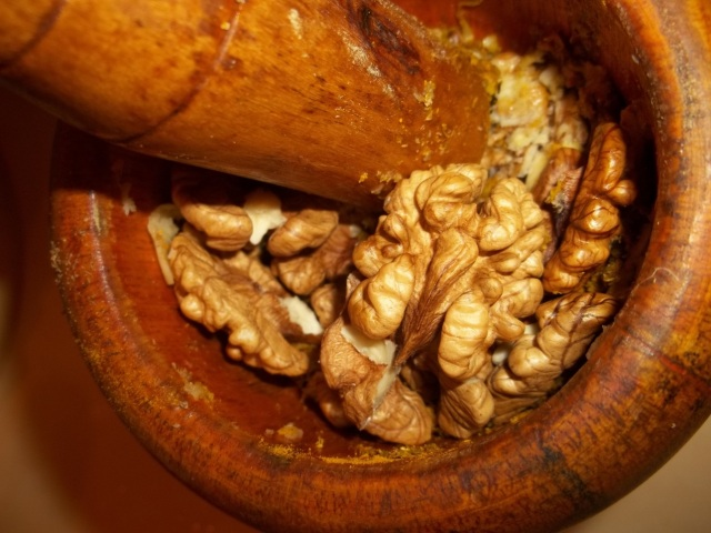 Crushing Walnuts - Copy