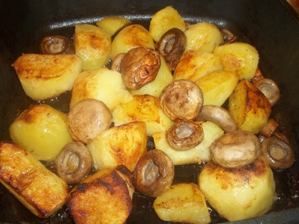 Fried Potatoes and Mushrooms - Copy