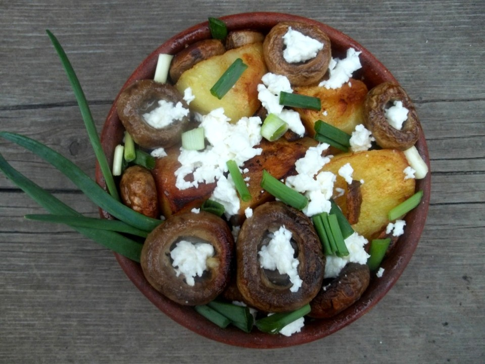 Ojakhuri with Mushrooms and Cheese - Copy