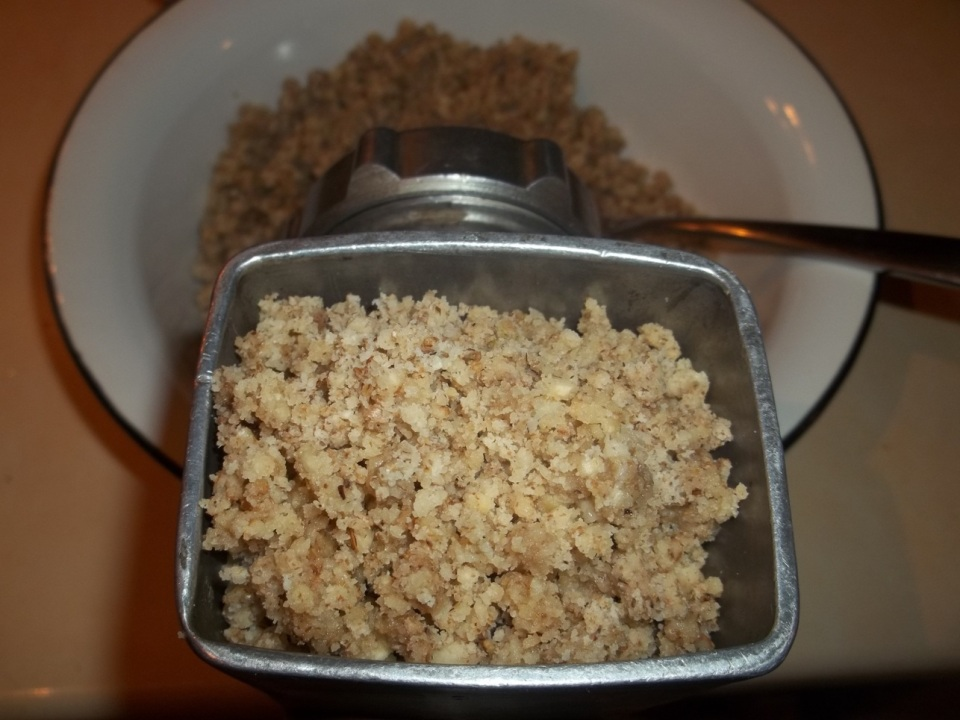 re-grinding walnuts and garlic - Copy