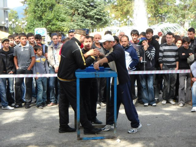 Arm wrestling competition at the Bidzinaoba Festival