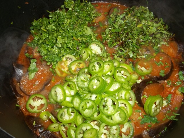 Adding Parsley Coriander and Green Pepper - Copy