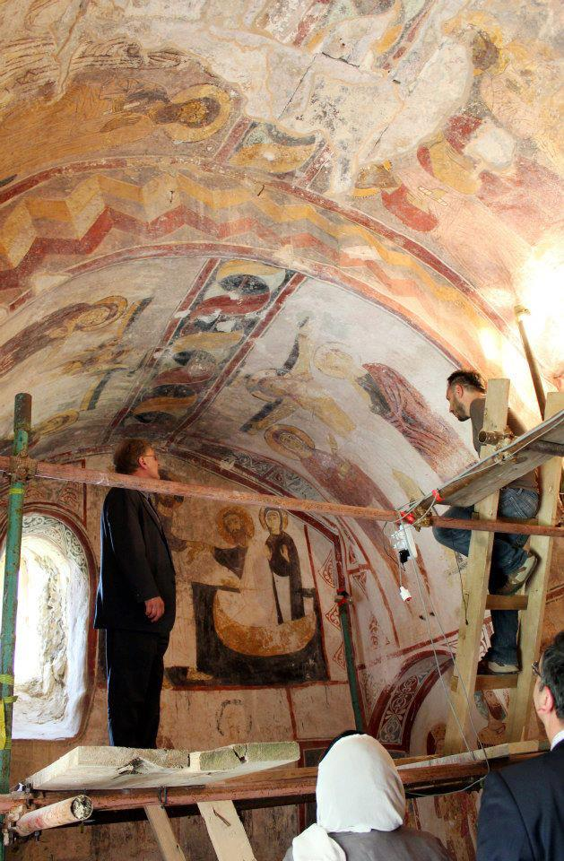 Restoring the frescos at the Church of the Virgin at Gelati