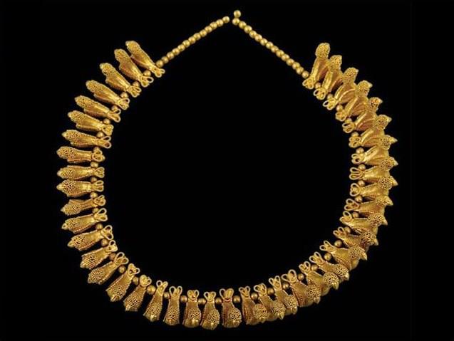 Necklace with Bird Pendants 400-350 B.C.