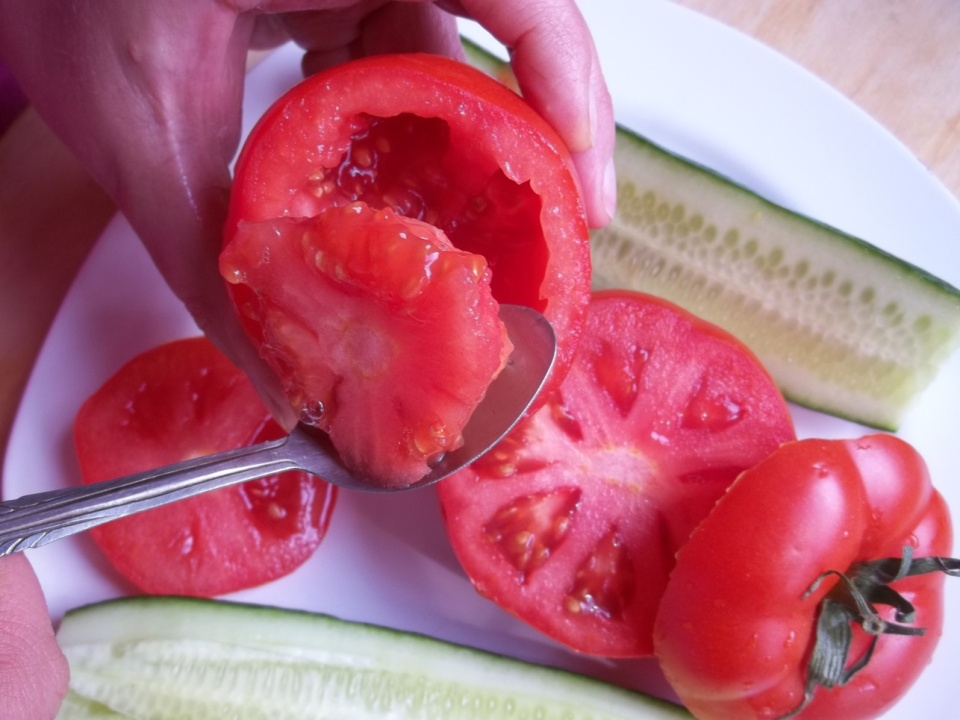 Removing the Tomato Core - Copy