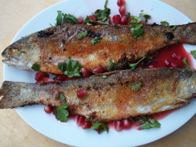 Trout with pomegranate sauce - Copy