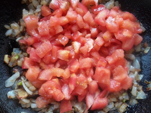 Adding Tomatoes - Copy