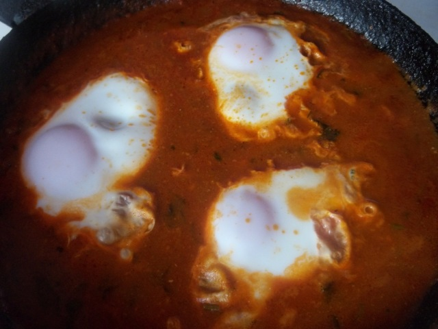 Cooking eggs - Copy