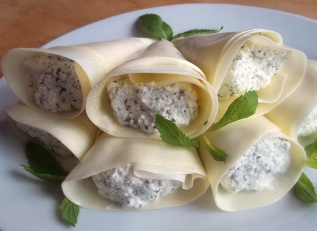 Cottage Cheese with Mint wrapped in Sulguni - Copy - Copy