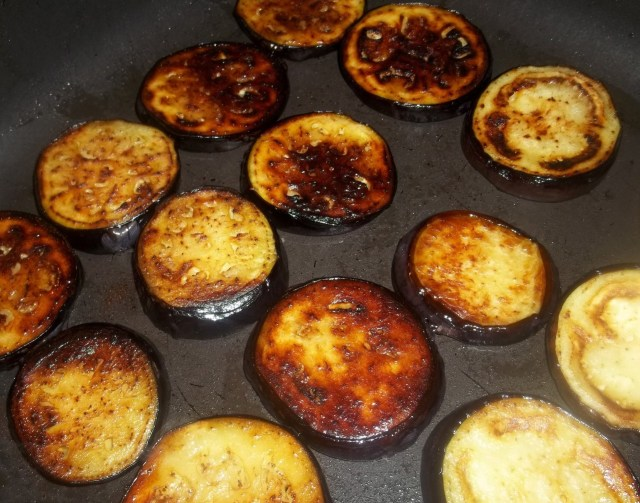 Frying Eggplant - Copy (2)