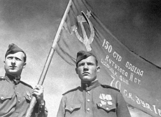 Mikhail Yegorov and Meliton Varlamovich Kantaria