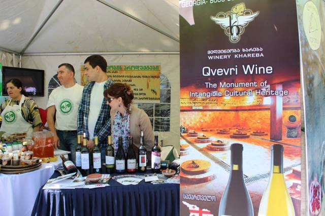 Wine stall in Tbilisi on Independence Day. Photo courtesy of the Ministry of Agriculture