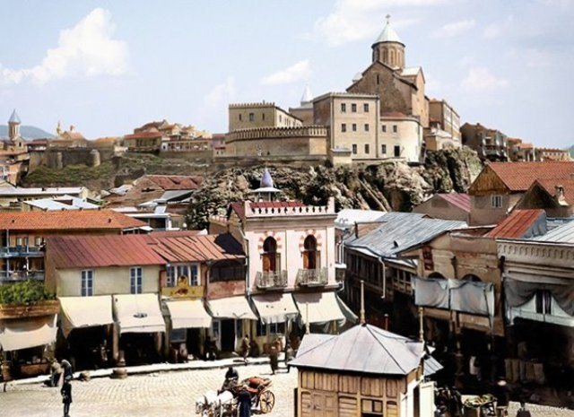Hand colored photograph of 19th century Tbilisi